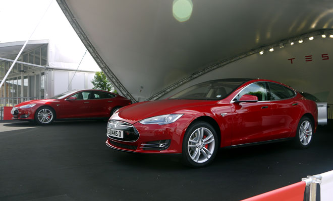 First right-hand-drive Model S EVs