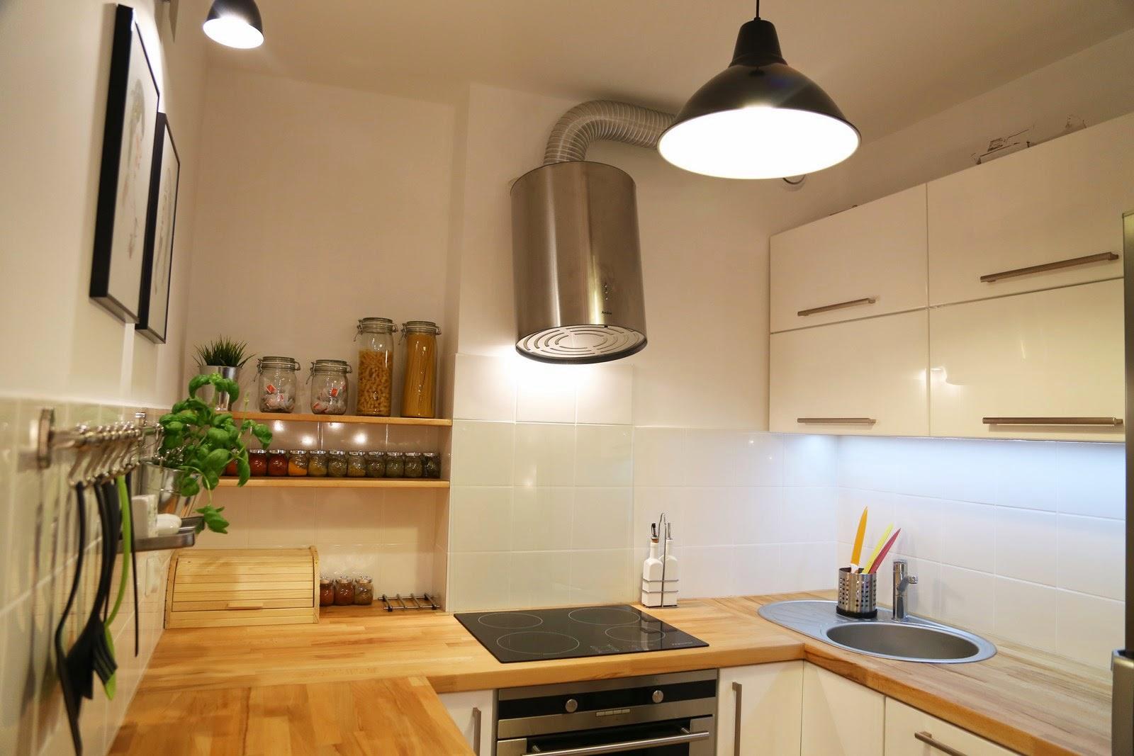biała kuchnia mdf drewniane blaty