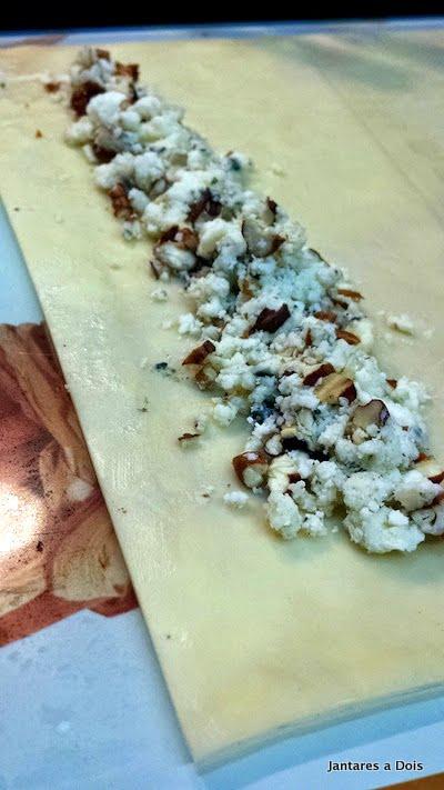 Pastel de gorgonzola e nozes aberto