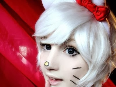 Hello Kitty Cosplay