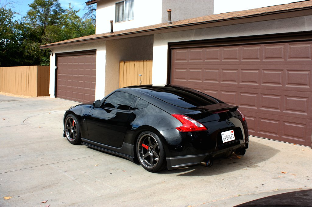Black Nissan 370z ~ Sports amp; Modified Cars