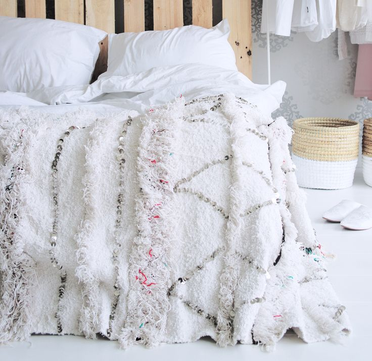 GetGetCheap Moroccan Wedding Blanket/ Handira at best online store now!! Record keeping is an important part of hospital management. The technology used has grown