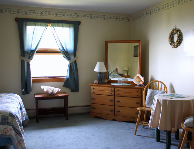 Rooms at Bluff House Inn
