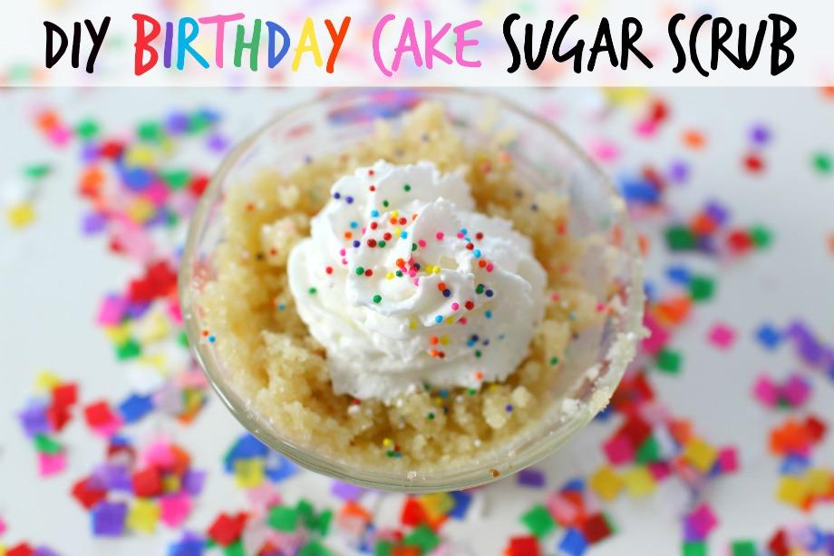 Elle Sees Beauty Blogger in Atlanta How To DIY Birthday Cake