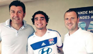 Join The Official Olympique Lyon Rafael da Silva Will Start The New Adventure, Manchester United