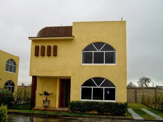 Fachadas de casas modernas frente de casas de villa tulipanes - Pintura exterior colores ...