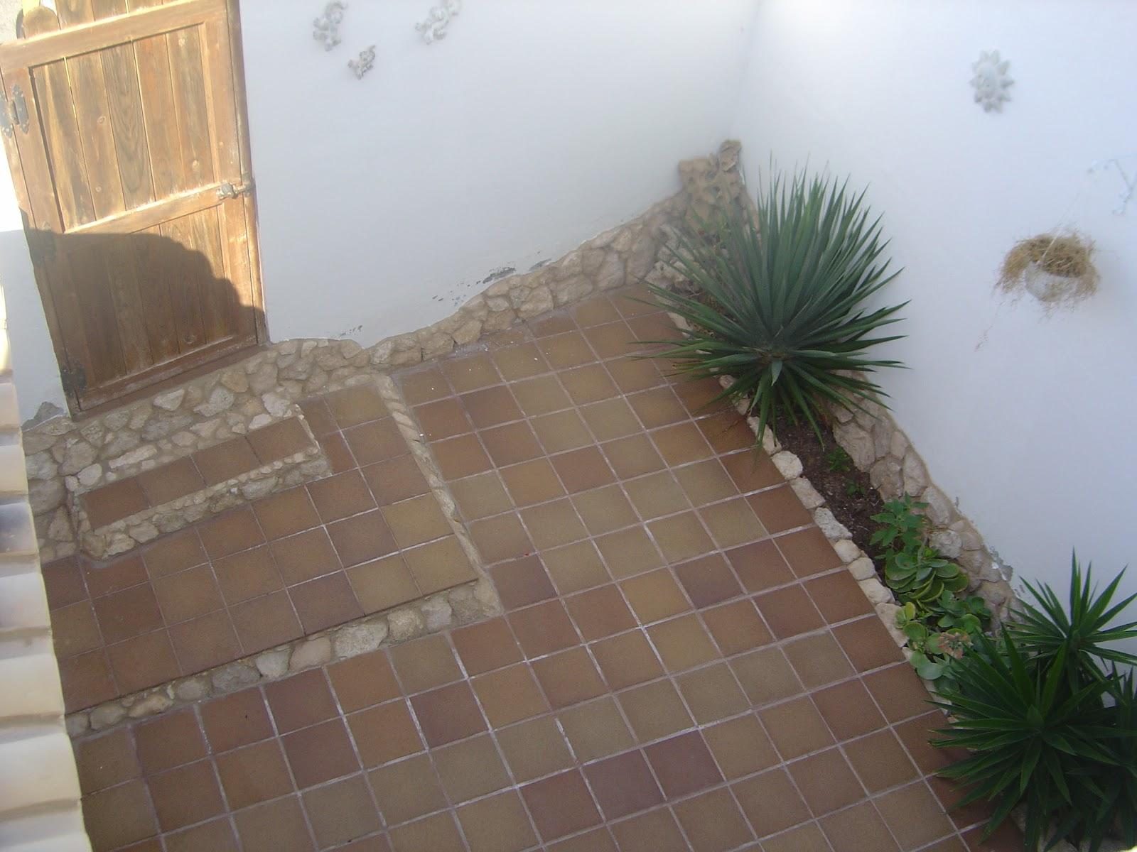 Garsdecors decoraciones artesanales dise o de patio for Como decorar una jardinera exterior