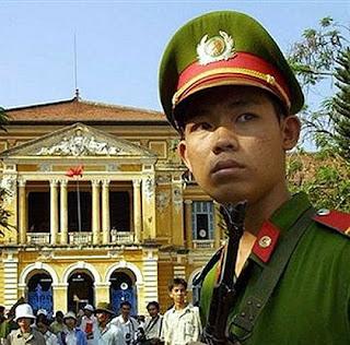 Polis Vietnam