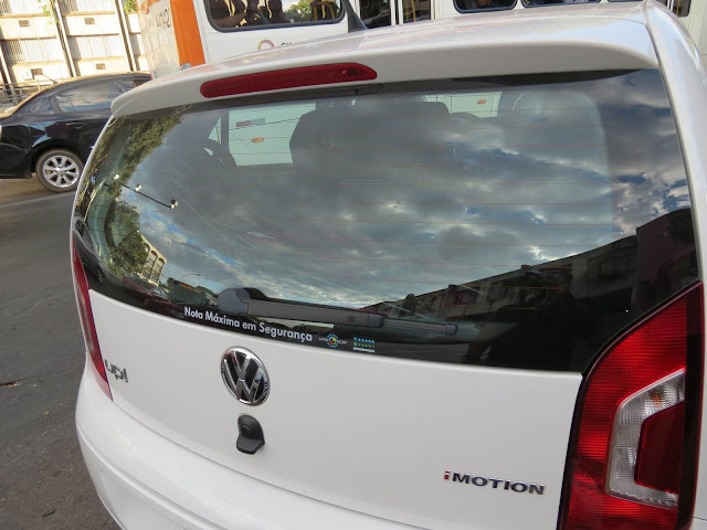 Volkswagen up! - porta-malas