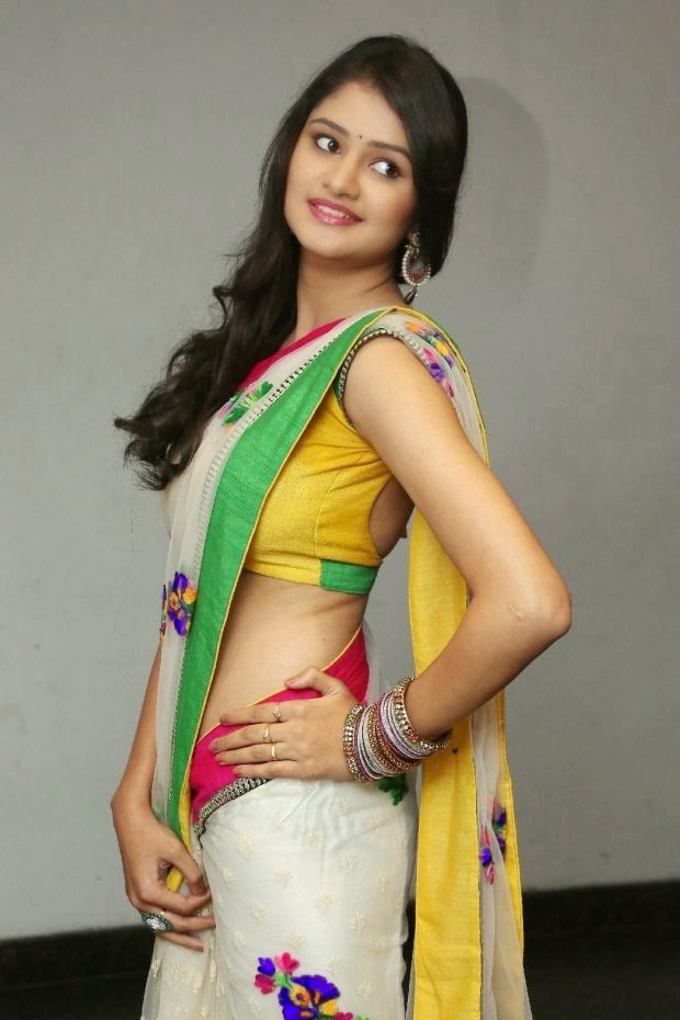 Telugu Actress Khushi Hot Saree Stills