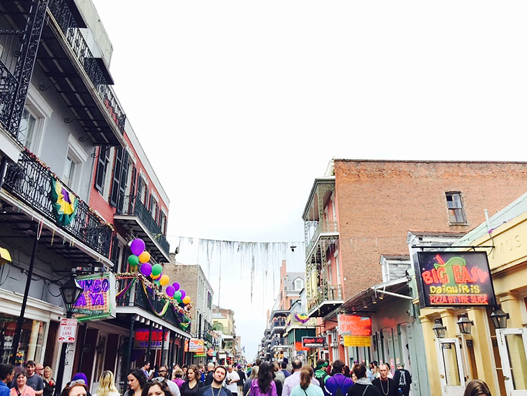 bourbon street during mardi gras
