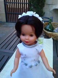 Vestido bordado a mano para Nancy