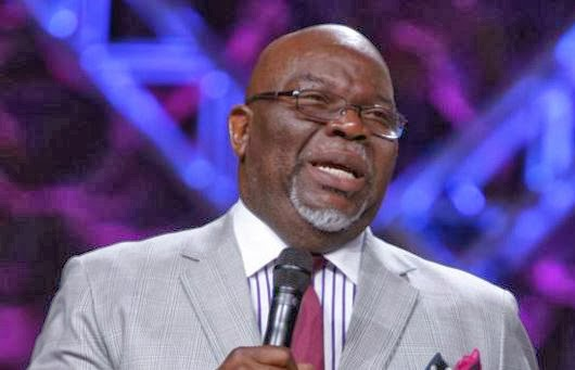 Bishop td jakes says there are more people in theaters on friday than