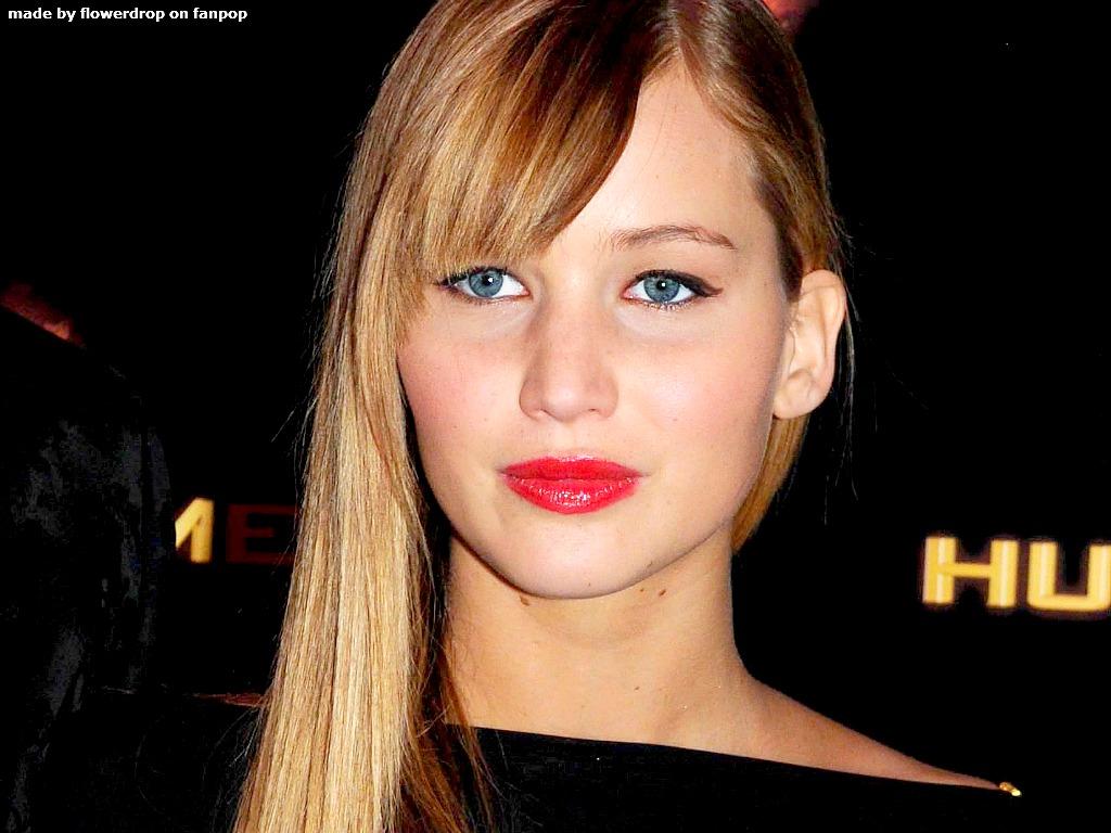 http://3.bp.blogspot.com/-H_MO2UPVqgk/US9f4VuJHEI/AAAAAAAAAfk/Vrnhdgz25zs/s1600/Jennifer-Lawrence-red+lipstick.jpg