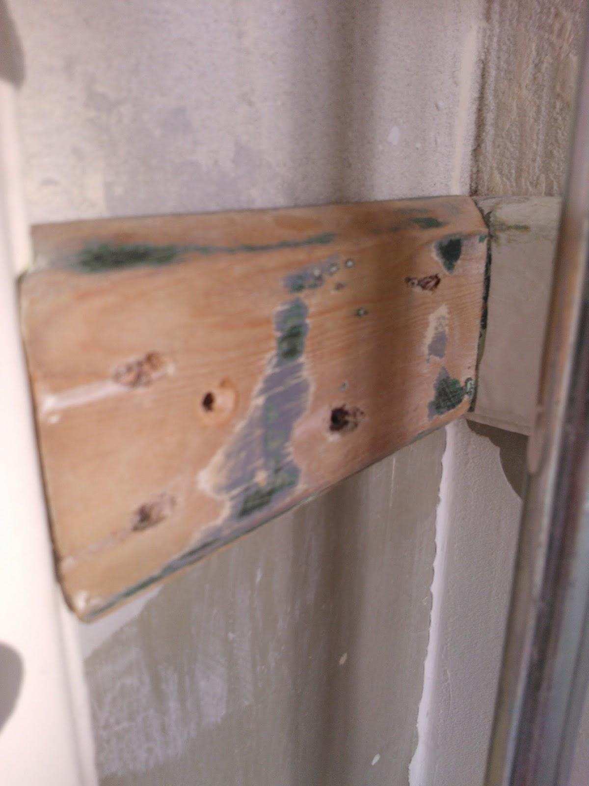gaten in de muur vullen