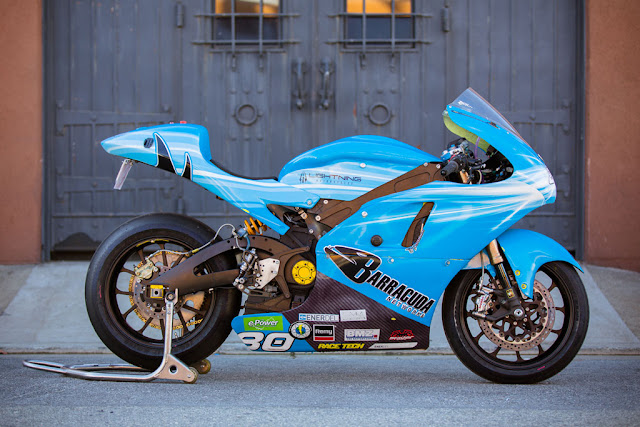 2012-Lightning-Motorcycles-www.hydro-carbons.blogspot.com-Exclusive -street-bike-1