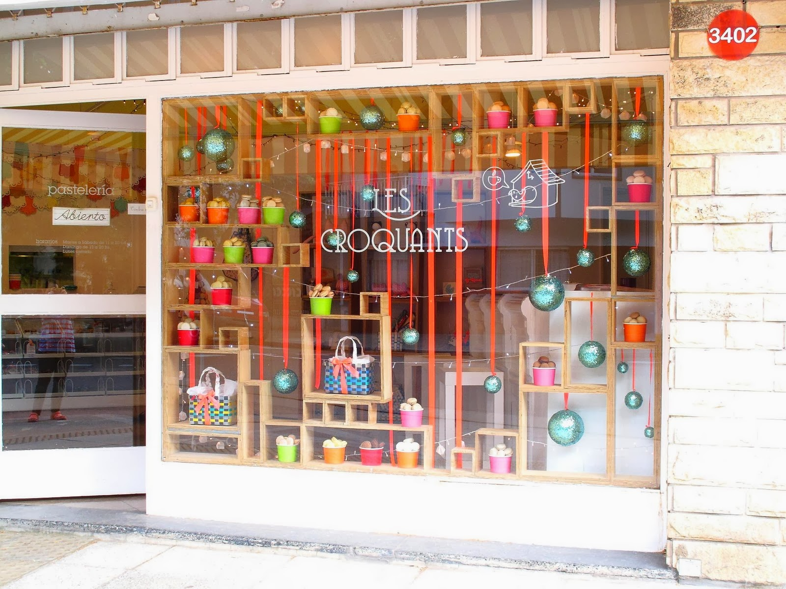 Decoracion de vidrieras para navidad fotos bonitas para for Decoracion de vidrieras de ropa