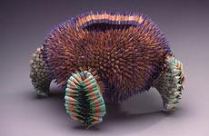 obras artísticas de Jennifer Maestre, esculturas con lápices y gomas de borrar