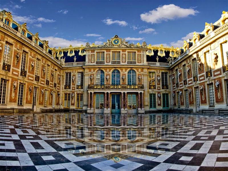 Palace of VersaillesTravelrin