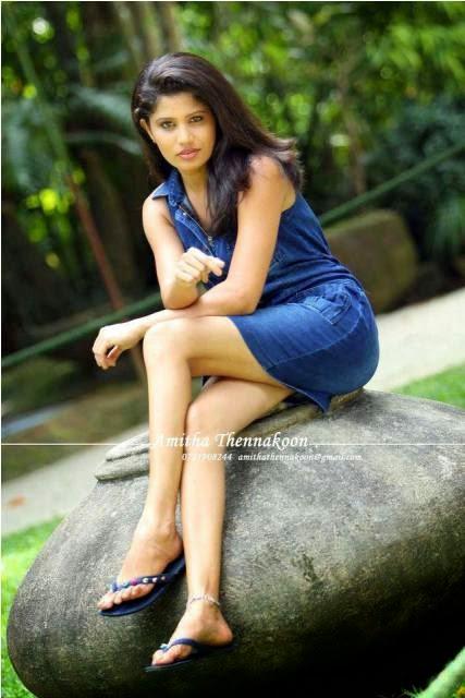 Oshadi Himasha Chavindi Bikini