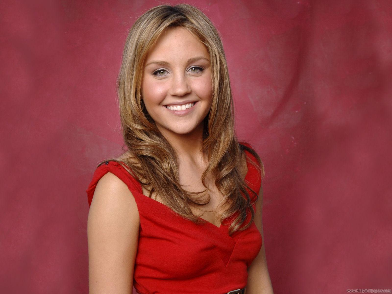 http://3.bp.blogspot.com/-H_vv7crXm_w/Tt8xcAulu3I/AAAAAAAACZU/bwj9YlpX5Og/s1600/amanda_bynes_american_actress_wallpaper.jpg