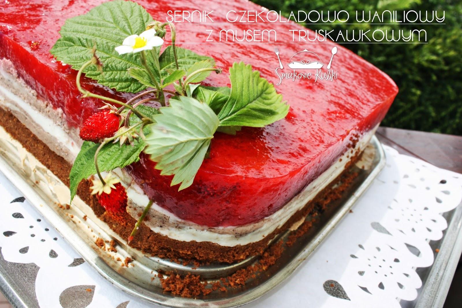 Sernik czekoladowo waniliowy z musem truskawkowym (Chocolate and vanilla cheesecake with strawberry mousse)