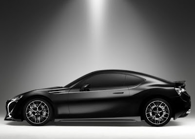 2012_Toyota_FT-86_II_Concept-side-view