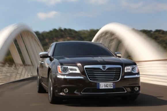 2012 Lancia Thema Car Review Spesification