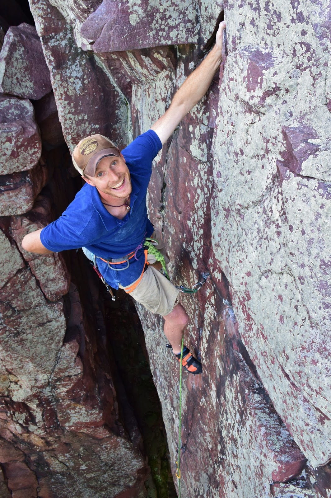 <i>Thoroughfare (5.11a)</i>