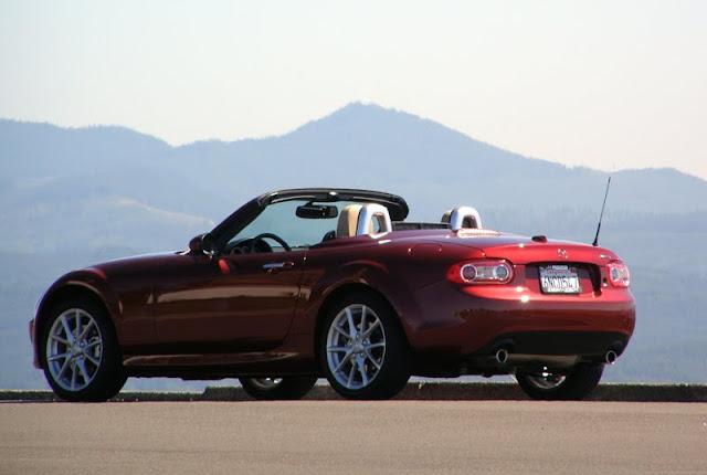 Mazda MX-5 Miata summer