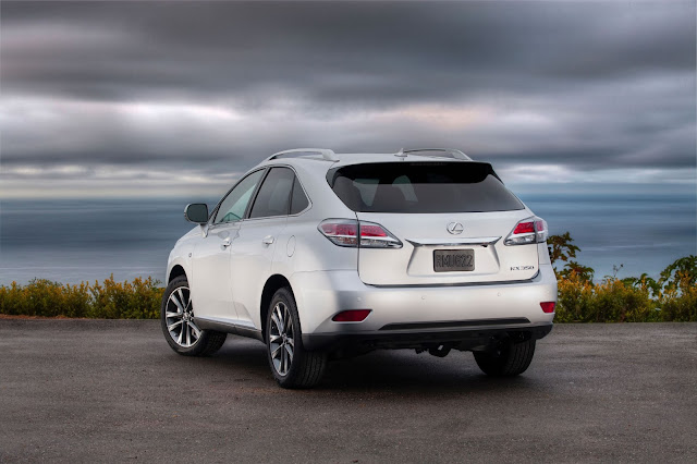 Rear 3/4 view of 2013 Lexus RX 350 F Sport