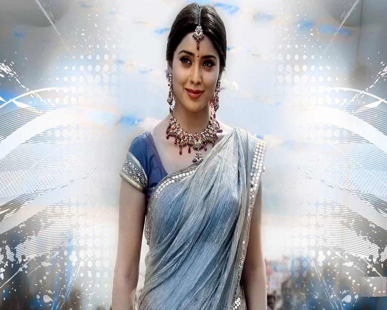 http://3.bp.blogspot.com/-Hbcsj5V-J1M/TXDgNoZunVI/AAAAAAAADzY/byON_i3WNfw/s1600/Shriya_Saran_pic.jpg