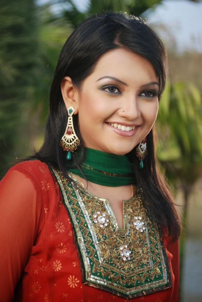 Bangladeshi Actress Nowshin Nahrin Mou