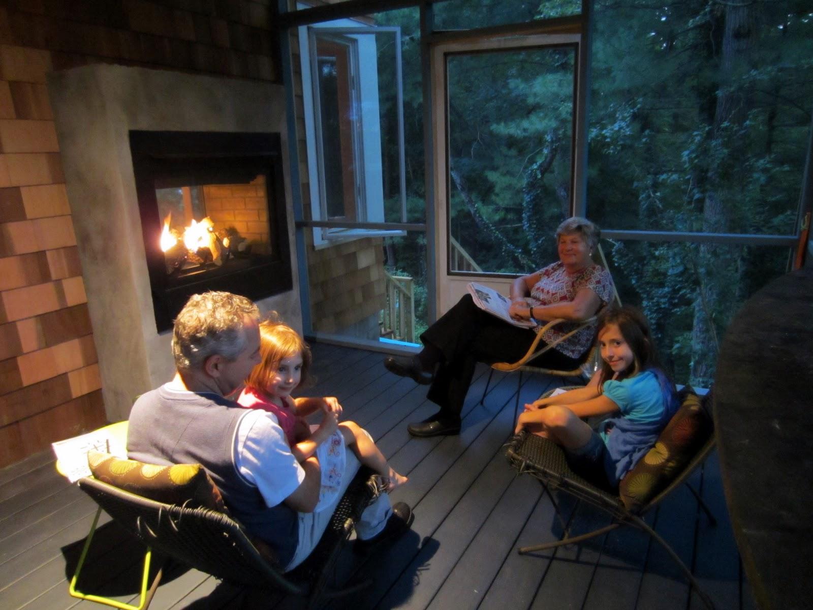 Gio Gio Design: Heat-N-Glo Twilight II Indoor Outdoor Gas Fireplace