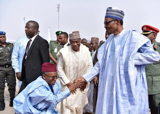 Nigerians blast El-Rufai for kneeling before Buhari [PHOTO]