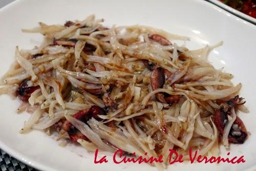 La Cuisine De Veronica 蒸白飯魚乾