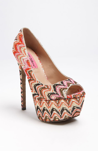 Betsey Johnson tribal shoes - iloveankara.blogspot.com