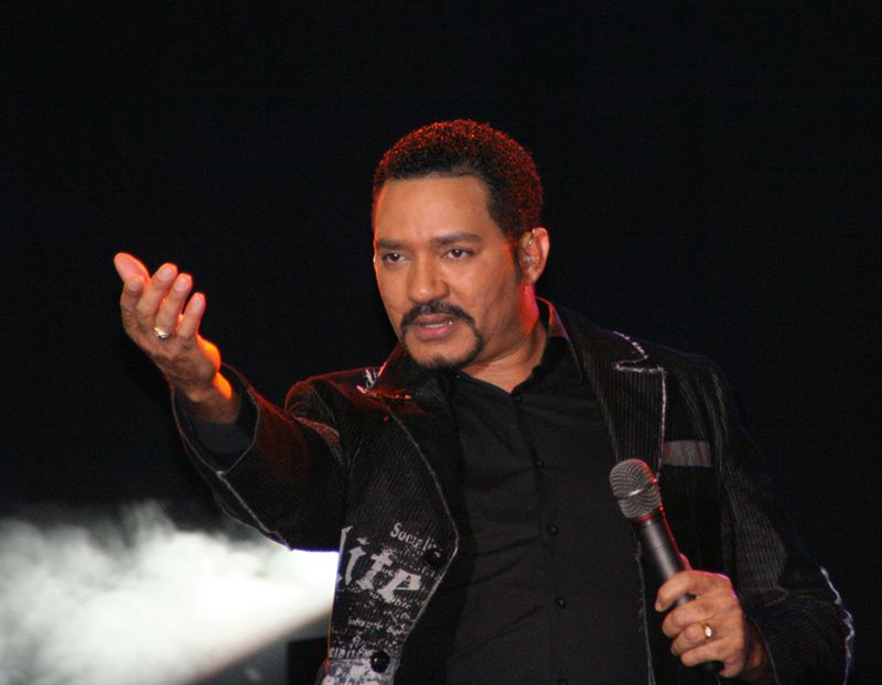 http://3.bp.blogspot.com/-HcBEL98MKos/TbijqLd4YQI/AAAAAAAABJI/HRs_rvJ0D6Y/s1600/frank-reyes-bachata.jpg