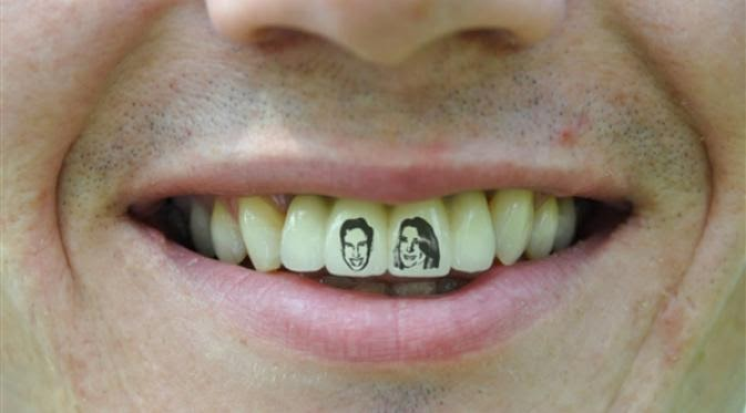 tato gigi teeth tattoo