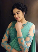Adah Sharma Dazzling pics in green dress-thumbnail-1