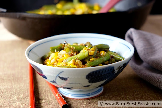http://www.farmfreshfeasts.com/2015/08/spicy-korean-sauced-corn-green-bean.html