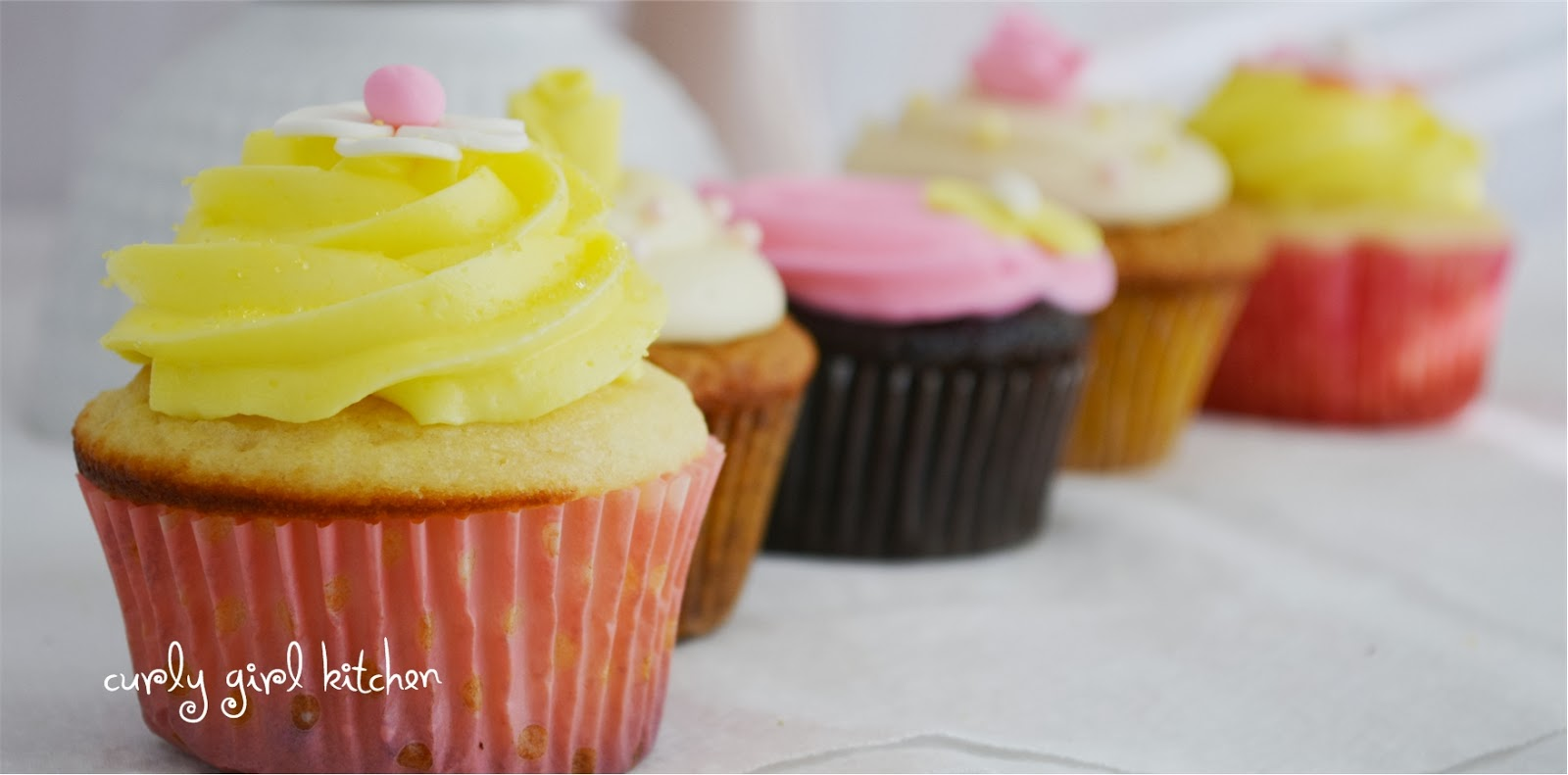 Curly Girl Kitchen Pink And Yellow Birthday Smash Cake And Cupcakes
