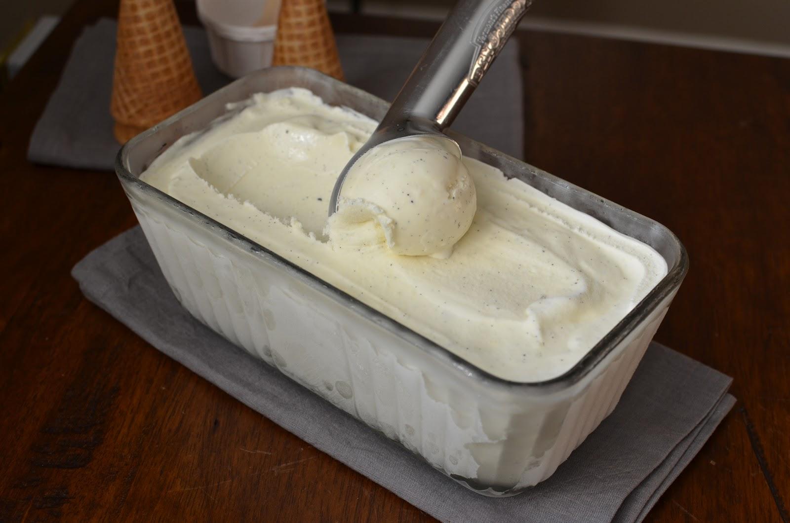 Playing with Flour: Philadelphia-style (no egg) vanilla ice cream
