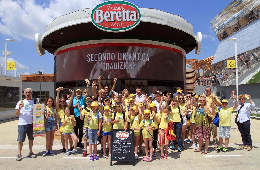 Expo Stand Bambini : Convivium i bambini ucraini in visita a expo milano