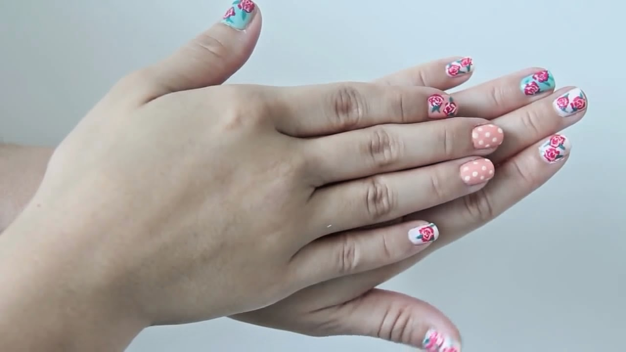New Floral Nails Idea Easy Vintage Style