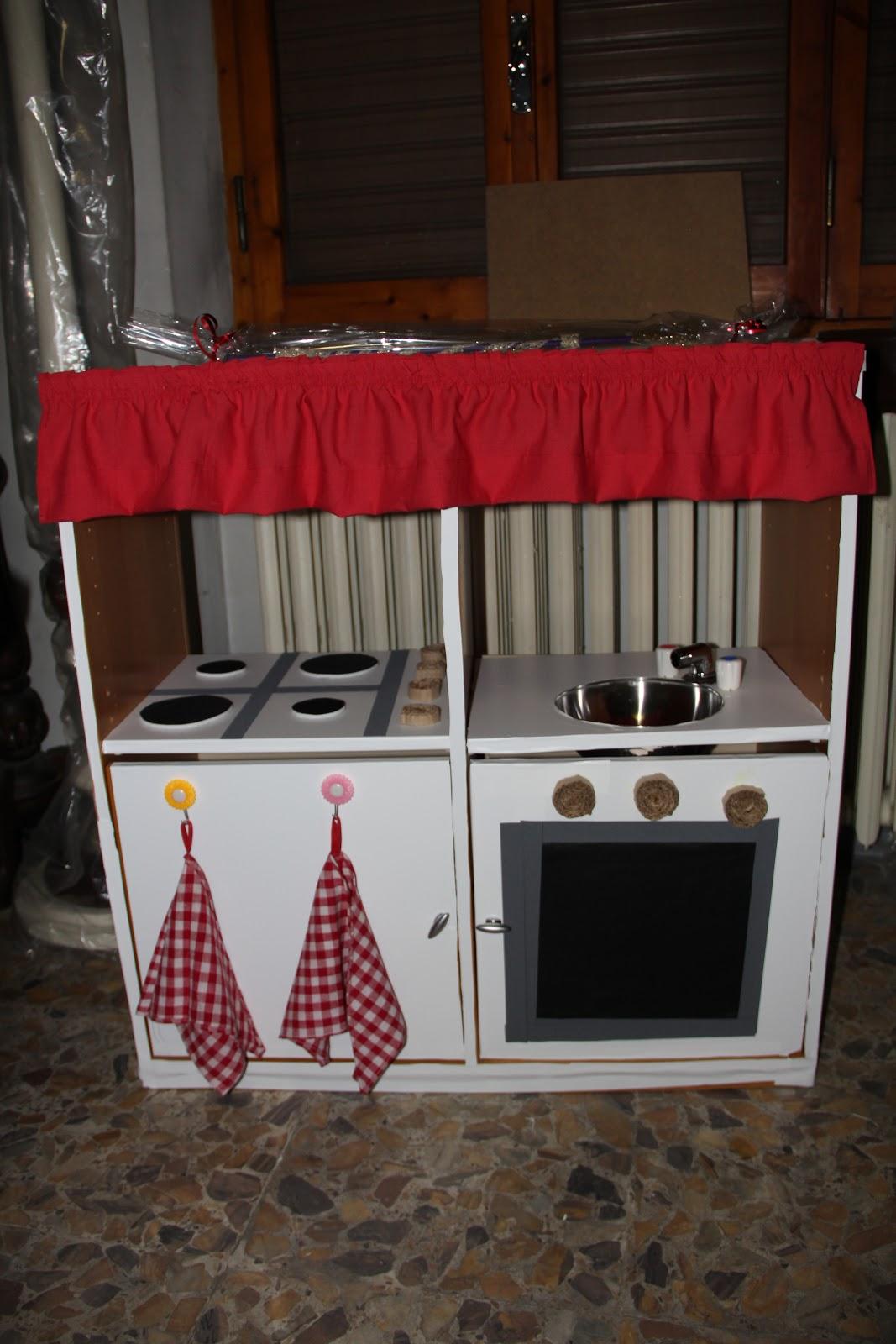 Casa VillaColle: Costruire una cucina giocattolo per i bambini
