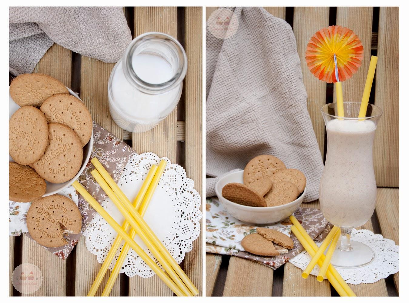 http://www.tumediocupcake.blogspot.com.es/2014/09/receta-smoothie-sano-de-naranja-y-galletas-digestive.html