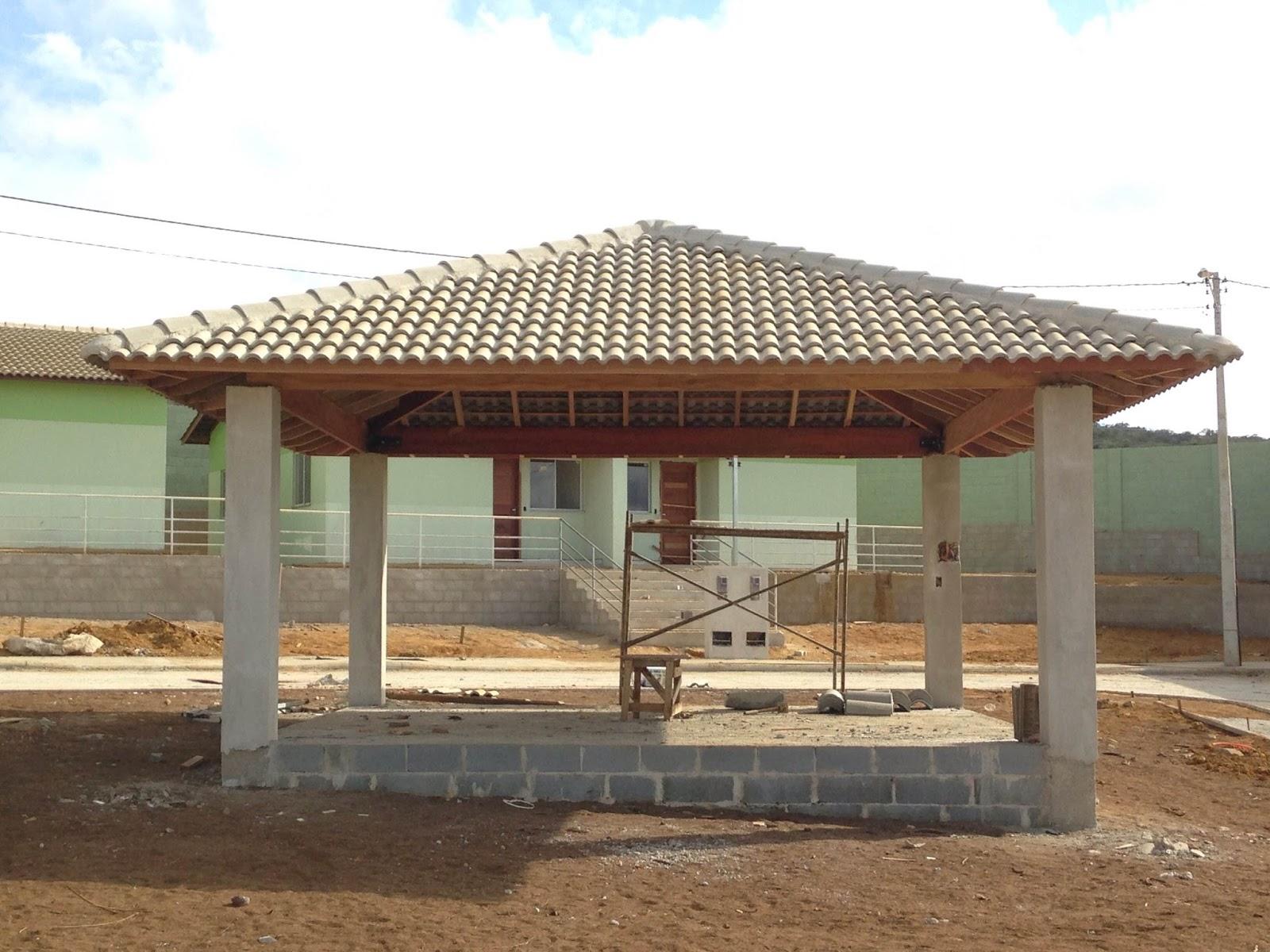 Joven arquitecto t cnico en brasil for Tejados de madera a 4 aguas