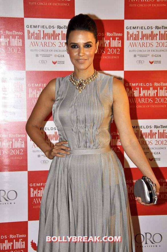 Neha Dhupia - Clebs Grace Gemfields' & Rio Tinto's Retail Jeweller India Awards 2012