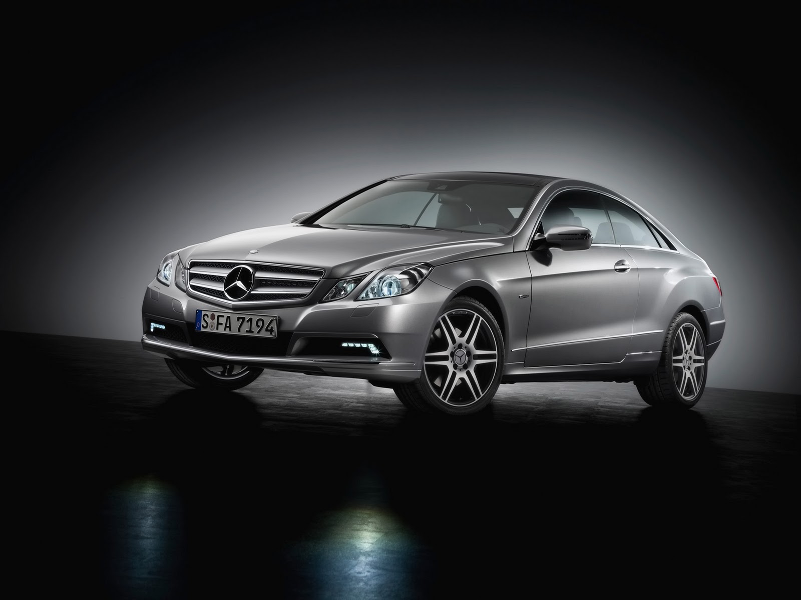 Mercedes benz wallpapers hd nice wallpapers for 2009 mercedes benz
